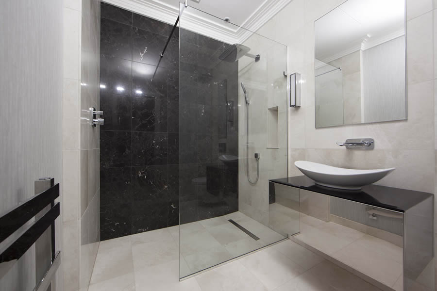 Wet room design gallery design ideas ccl wetrooms for Bathroom designs for small spaces uk