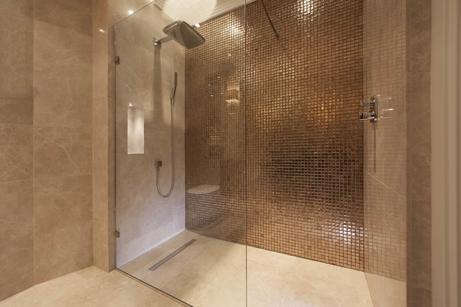 Wet room design gallery design ideas ccl wetrooms for Tiny shower room design