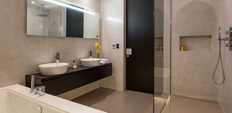 An open plan wet room for all users
