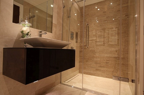 small wet room idea