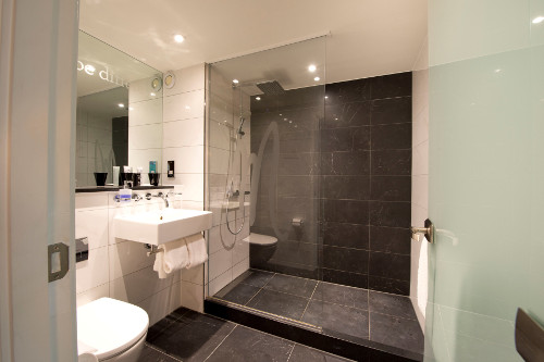 Attractive Luxury Small Wet Room ...